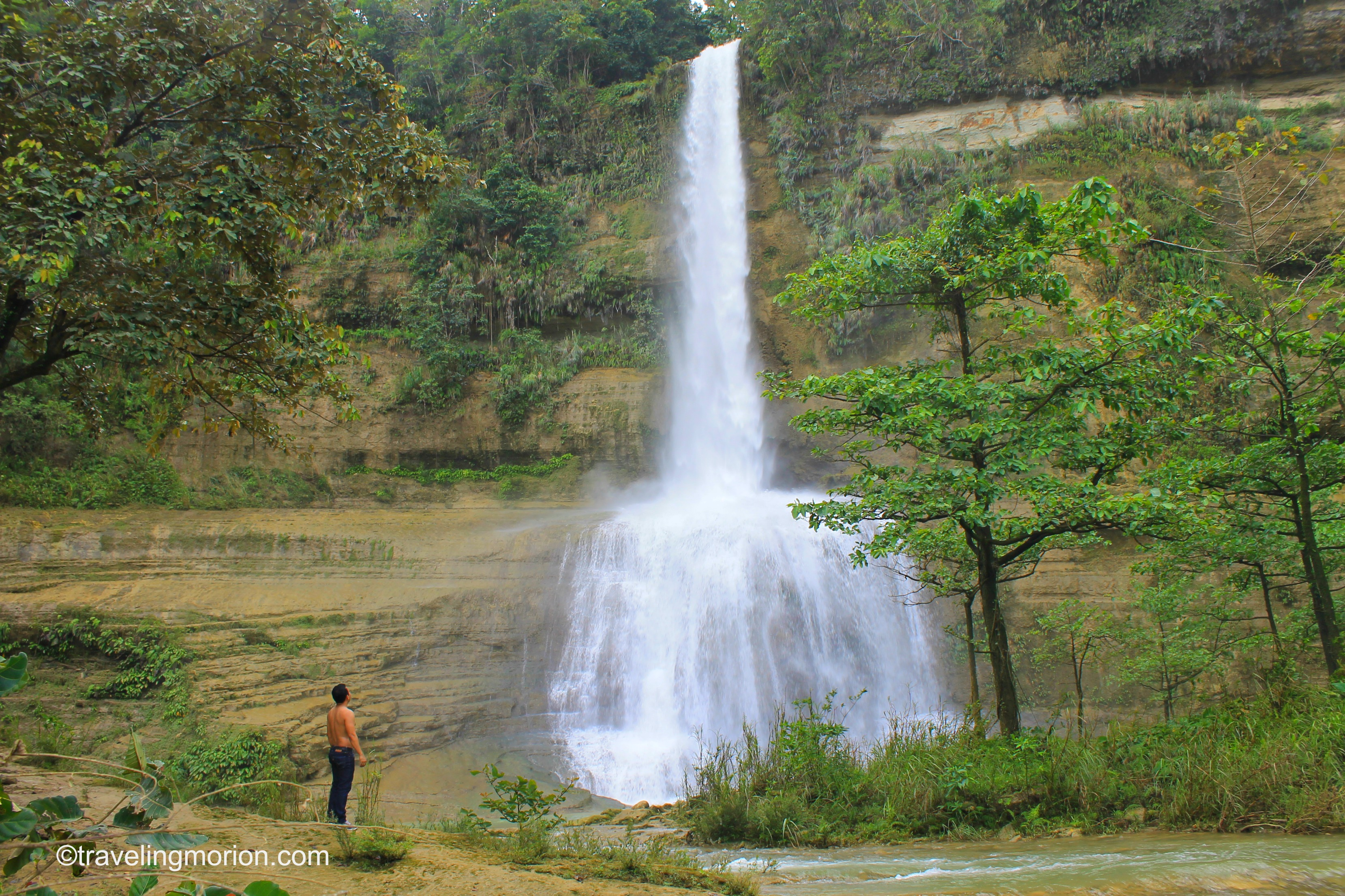 Can-umantad Falls in Bohol