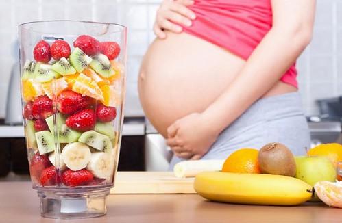 Bà bầu nên ăn quả gì trong 3 tháng đầu 01