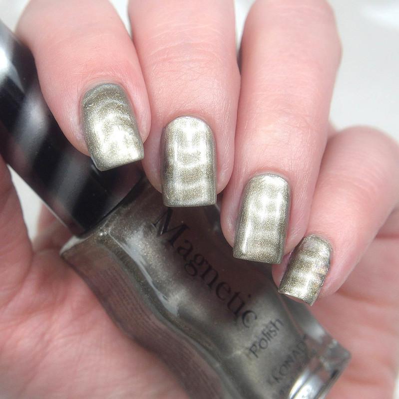 Konad Magnetic Silver