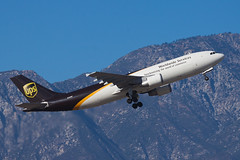 UPS (United Parcel Service) Airbus A300F4-600 N165UP