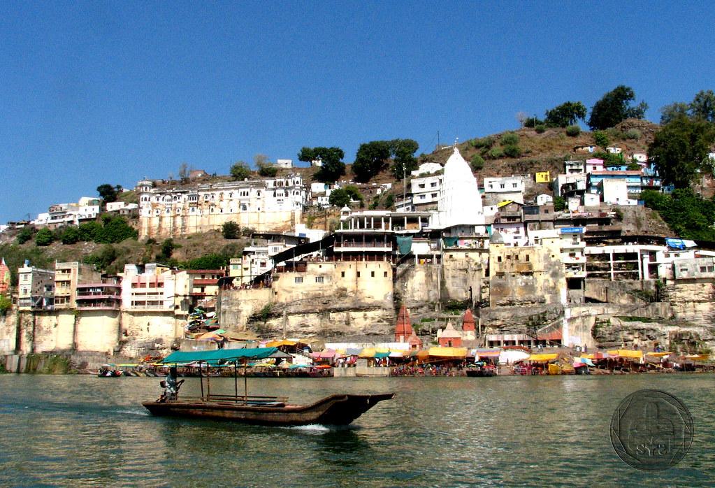 Ghats of Narmada – Omkareshwar