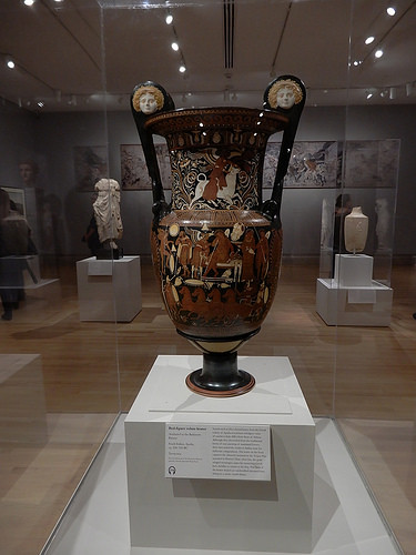 DSCN0042 _ Red-figure volute krater, c 330-320 BC - Gods in Color