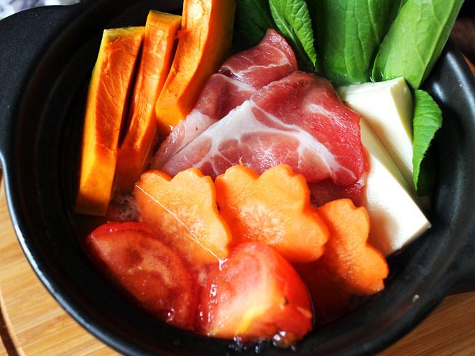 蔬菜蕃茄豬肉鍋_大成桐德黑豚 dachan-food-pork (12)