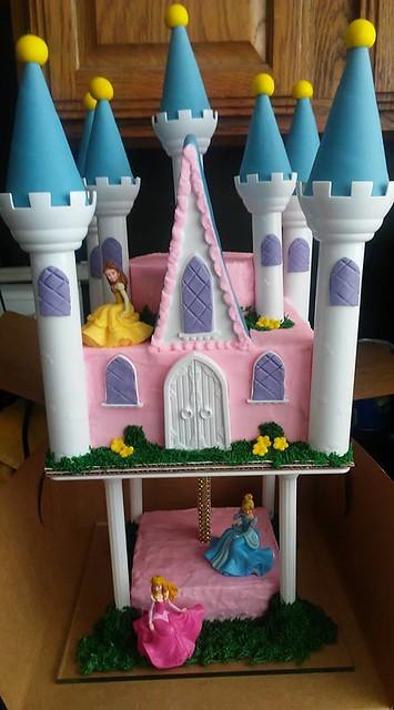 Cake by Sugar Daze Cakery