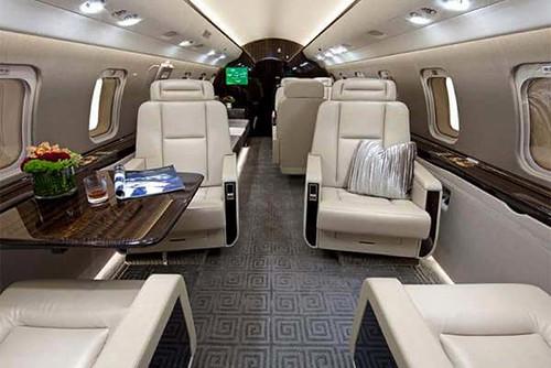 challenger-605-cabin