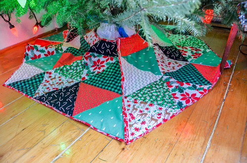 Equilateral Triangle Xmas Tree Skirt