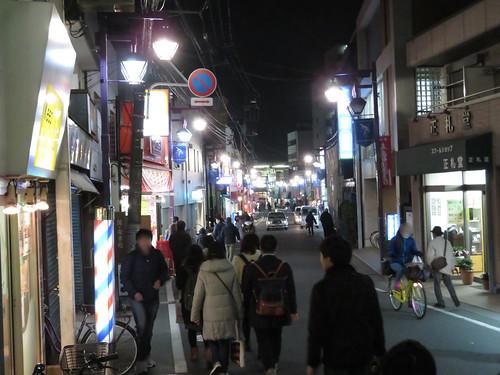 中山競馬場から下総中山駅への道中