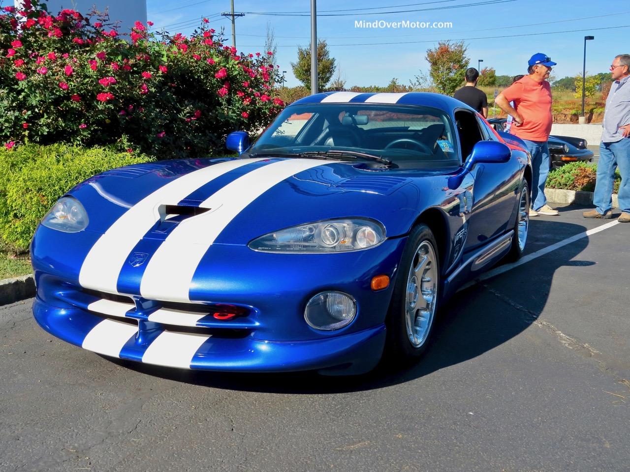 Dodge Viper GTS Front