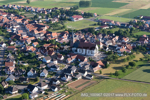 Schleithal (0.82 km South-East) - IMG_100967