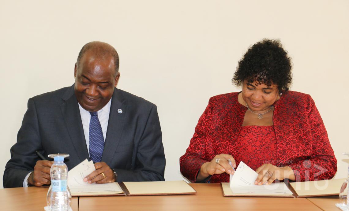 Uni-CV assina Memorando de Entendimento com a Universidade Pedagógica de Moçambique