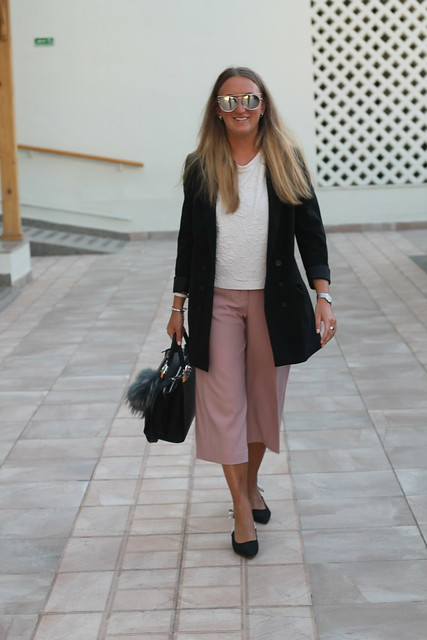 blazer-and-culottes-whole-outfit-front-wiebkembg
