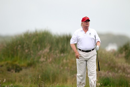 Donald Trump said he'd be 'back to work' the day after Christmas but instead he played golf via david3132