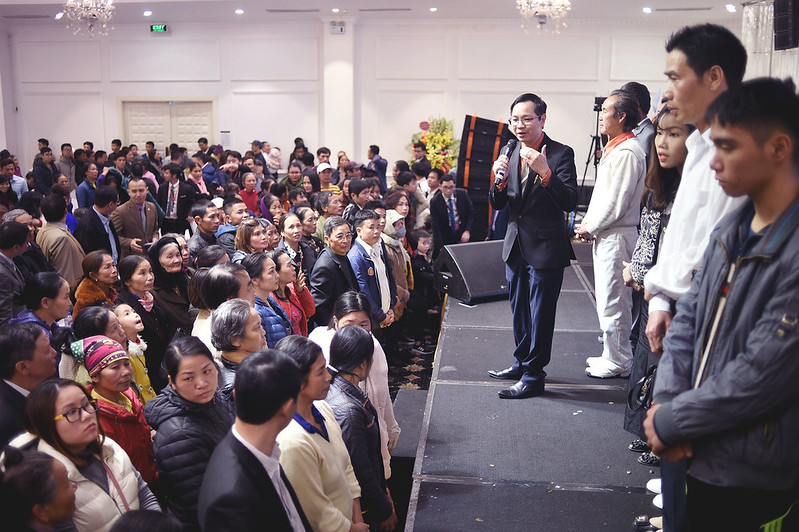 Hội Thánh Hà Nội - Giáng Sinh chung 3 hội thánh tối 22 có hơn 2000 người tham dự có hơn 300 người tin nhận Chúa (4)