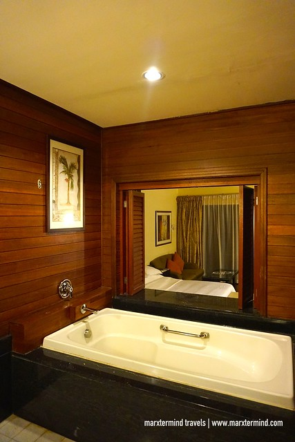 Century Langkawi Resort Superior Room Bathtub