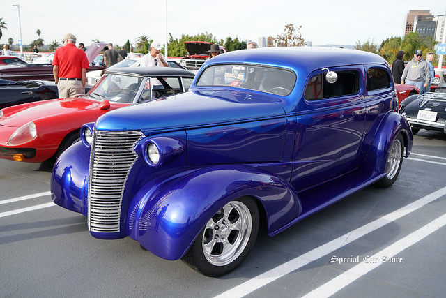 1938 Chevrolet custom at Petersen Automotive Museum Breakfast Club Cruise-In