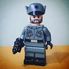 Minifig-a-Day #417: Gideon Hask