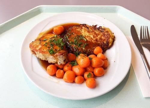 Japanisches Ingwersteak mit Honigkarotten & Kartoffelplätzchen