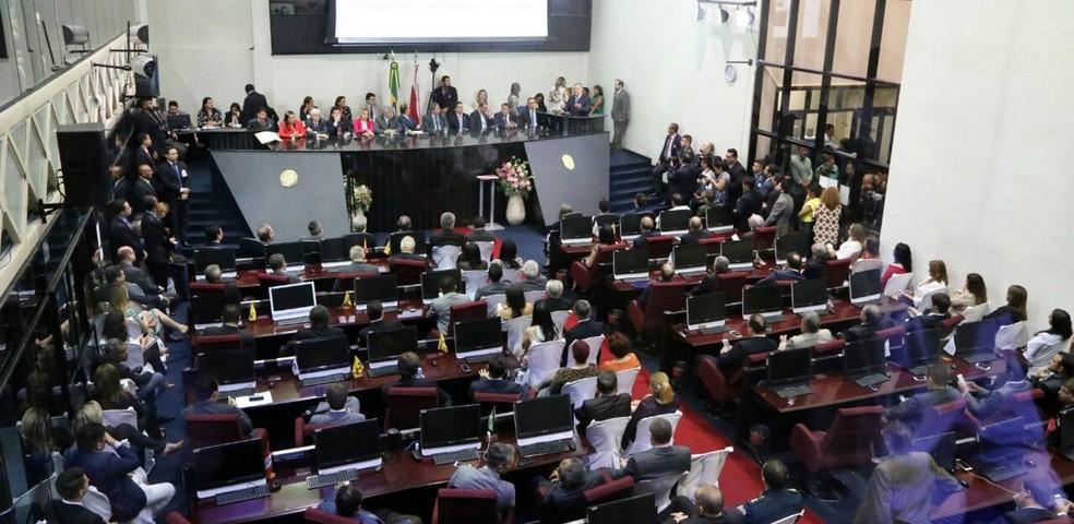 Plenário da Alepa