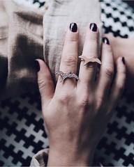 Be free like a bird  by @takikadiamond http://ift.tt/2m5ph02 #Risingstar #diamond #bird #uccelli #liberta #ring #anellini #silver #selebro #argento #volare #jewelryoftheday #jotd #turkishjewelry #gioielliturco #TJcom