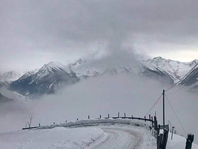 2018/365/003: Mountain Curves