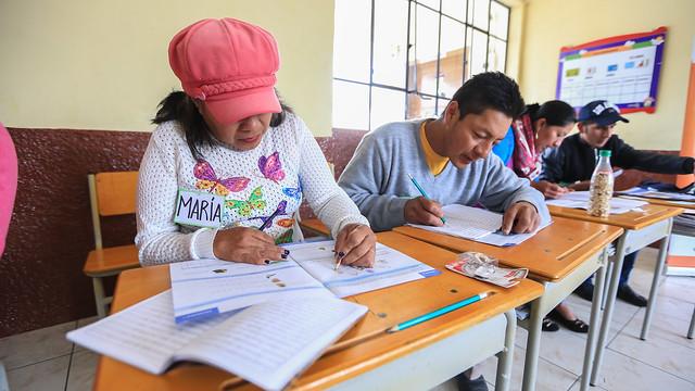 Ministro de Educación visita aulas de Proyecto de Alfabetización Todos ABC
