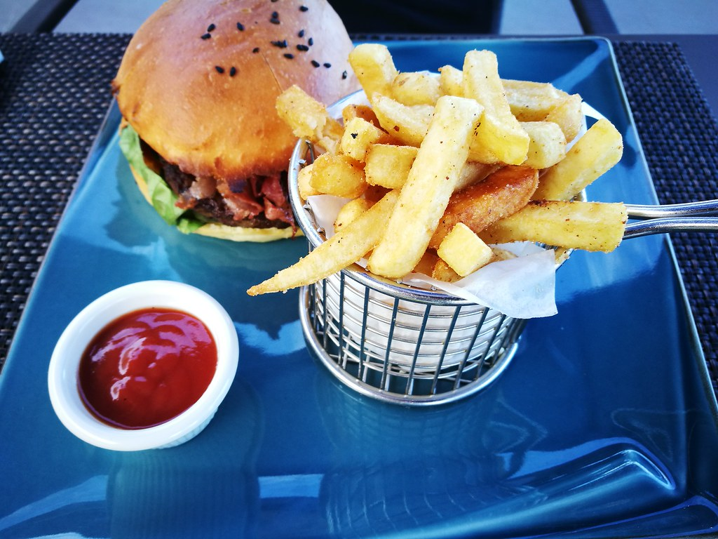 Tokoriki Burger and Fries