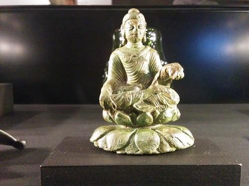 Buddha in miniature #toronto #royalontariomuseum #vikingsto #vikings #sweden #buddha #buddhism #statue #latergram