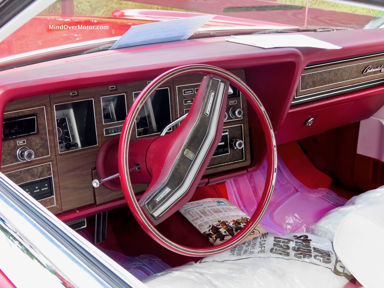 Lincoln Mark IV Interior