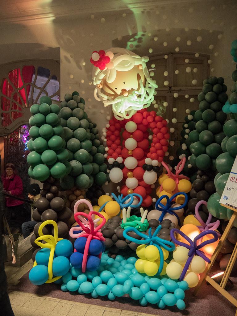 Le père Noël, c'est pas un dégonflé... 39080856392_0b9417fdd8_b