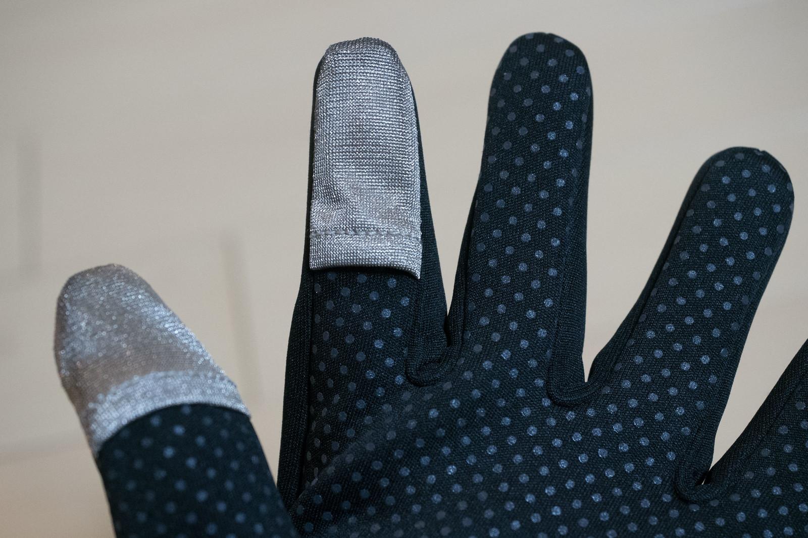 LowePro_Photo_Glove-4