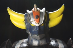 UFO Robot Grendizer Tin Wind-Up ( Popy 1970's )