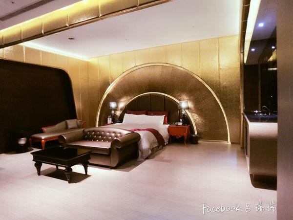 台中住宿 超推![影片] 水雲端旗艦概念旅館 Hotel,超多!超大打造不同風格 (12)