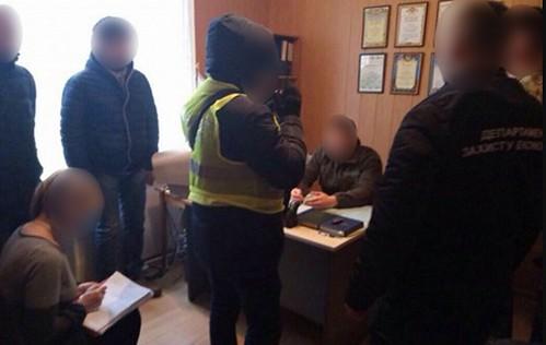 Корецький військовий комісар попався на корупції