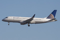 N128SY - United Express (Skywest) - Embraer 175