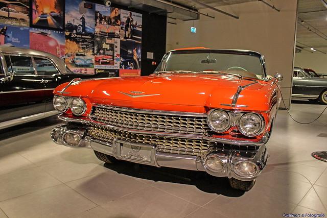 1959 - Cadillac Convertible -6