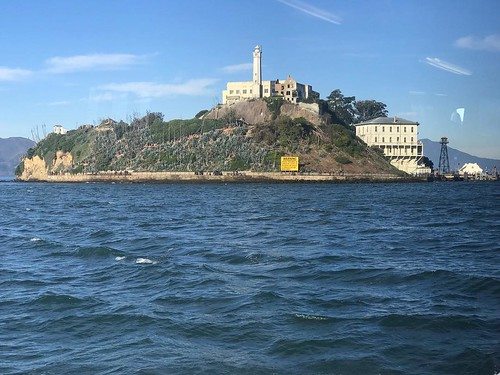 Last week we took the boys to tour Alcatraz. What a place. A different time, a different way of doing things. Obligatory image shot from the boat on approach to the rock. . . . #sanfrancisco #therock #alcatraz #prison #boat #bay #iphonephoto #history @nat