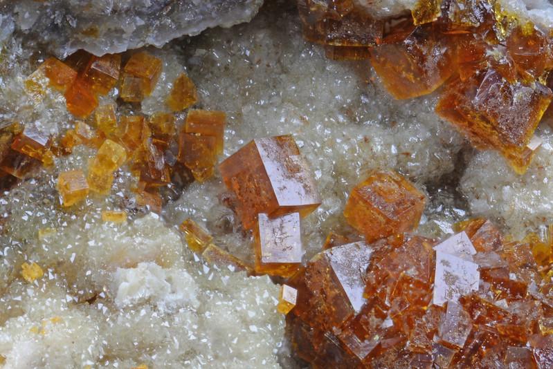 毒鉄鉱 / Pharmacosiderite