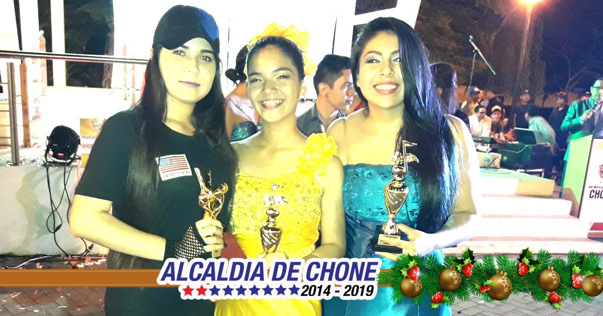 Kimberly Vélez ganó el festival municipal Yo Canto por mi Barrio