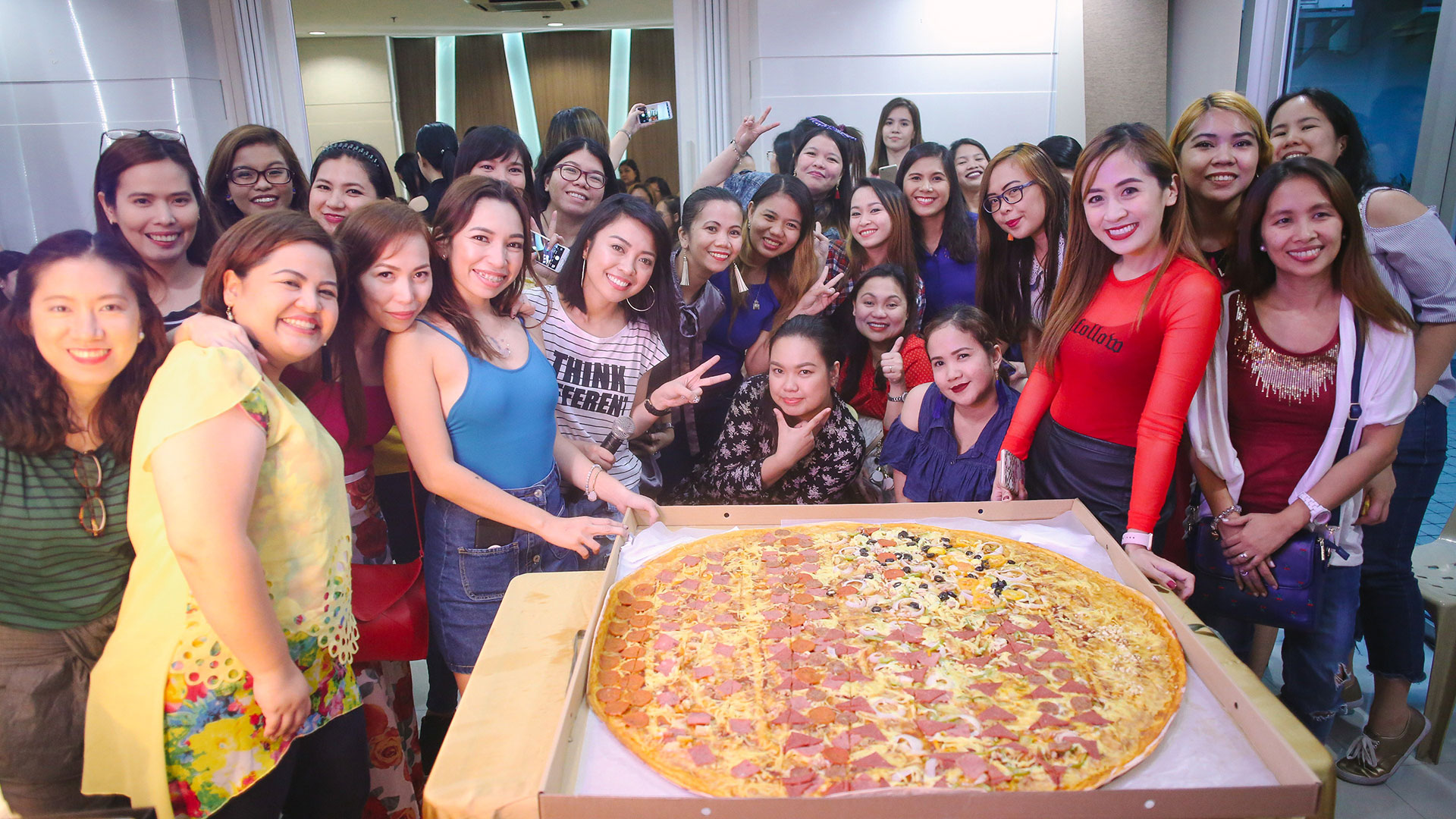10 Blogger Babes Meet and Greet - Lifestyle Bloggers Philippines - Gen-zel She Sings Beauty