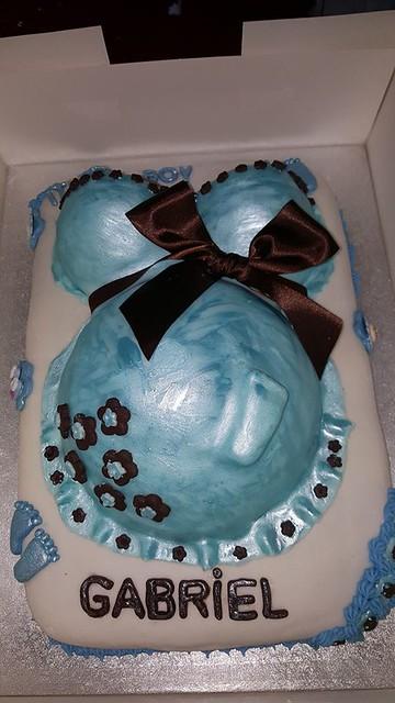 Baby Shower Cake by Bijou Cakes by Monika