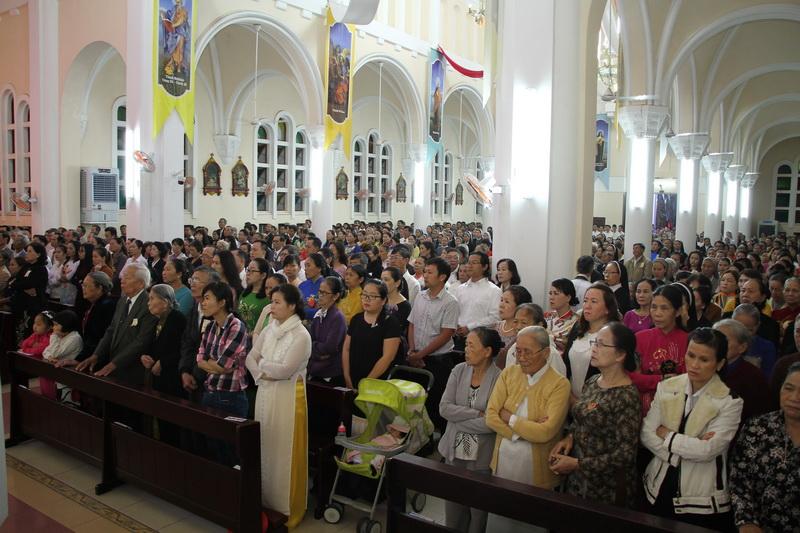 Thánh Lễ Truyền Chức Linh Mục Giáo Phận Qui Nhơn - Ảnh minh hoạ 34