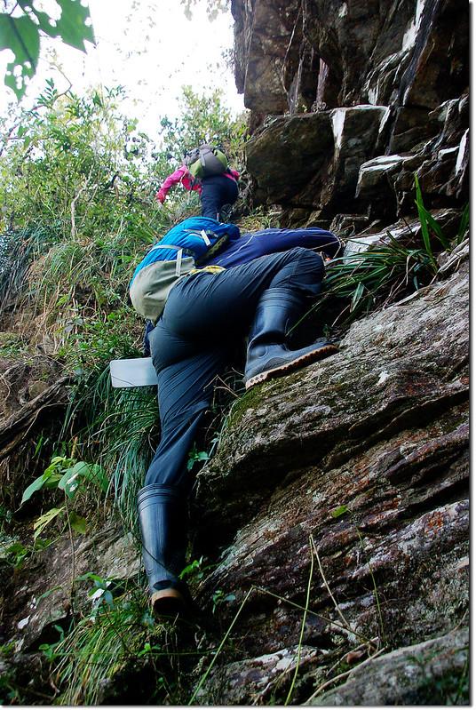 西大社山凸岩絕壁地形 2