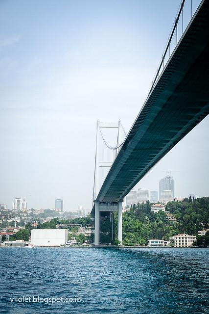 Bosphorus20-0900rw