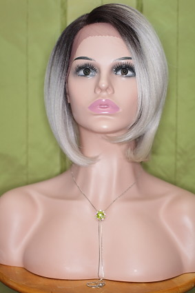 Gabby_lace_front_platinblonde_root_a