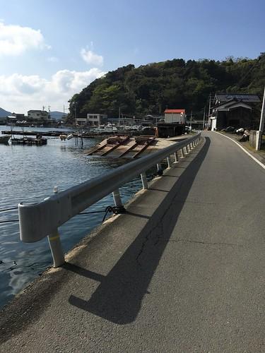 小さな漁港を繋ぐ愛媛県道37号線