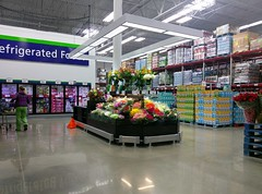 Southaven Sam's Club -- fully-stocked floral counter-island