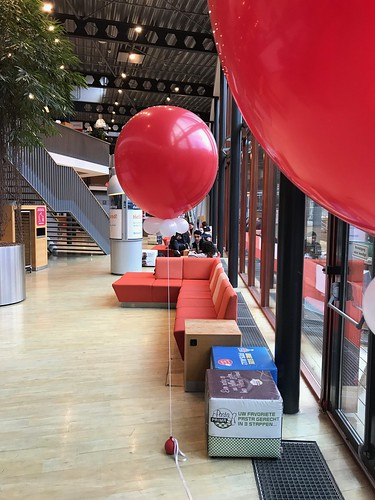 Cloudbuster Rond Hoge School Rotterdam