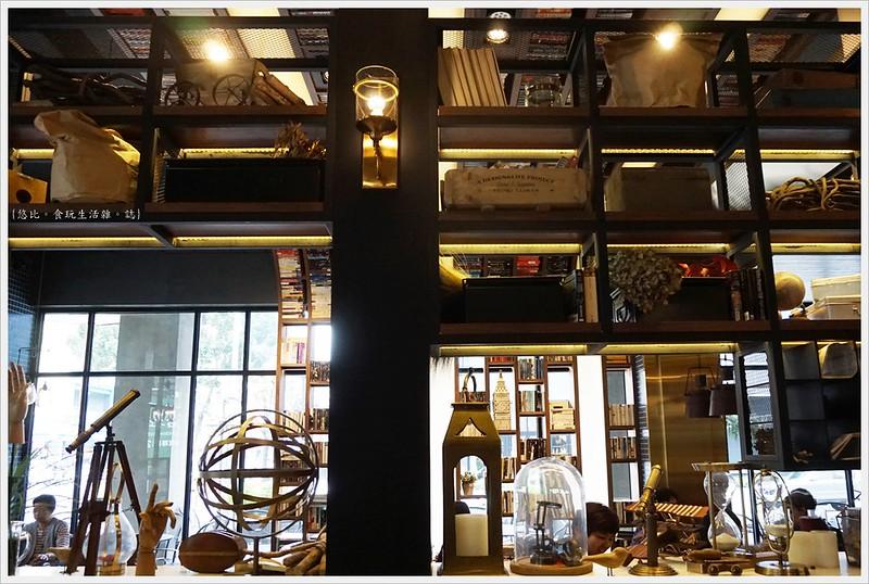 卡啡那CAFFAINA 大墩店-8-裝飾小物