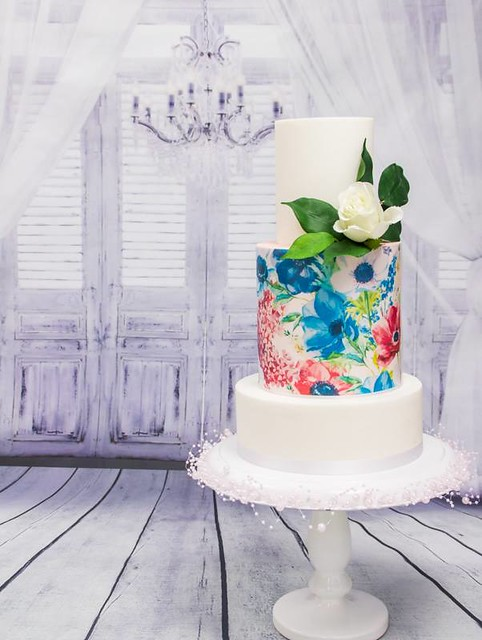 Cake by Shop Crazy Sweets