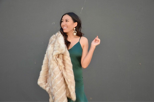 holiday,holiday look,holiday glam,thee girl,4theegirl,dresses,fancy dresses,oc fashion blogger,fashion blogger,lovefashionlivelife,joann doan,style blogger,stylist,what i wore,my style,fashion diaries,outfit,faux fur,fur coat,glam,vyn jewelry,jewelry,march of dimes,bradfordwatch,charity